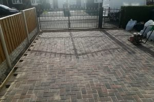 Burton upon Stather Crowie block paving company